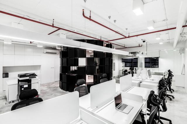 黑白灰办公室图片