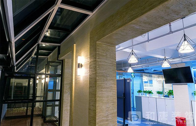 九江路外滩WE 5楼金融办公室员工办公室区入口设计装修图片.jpg